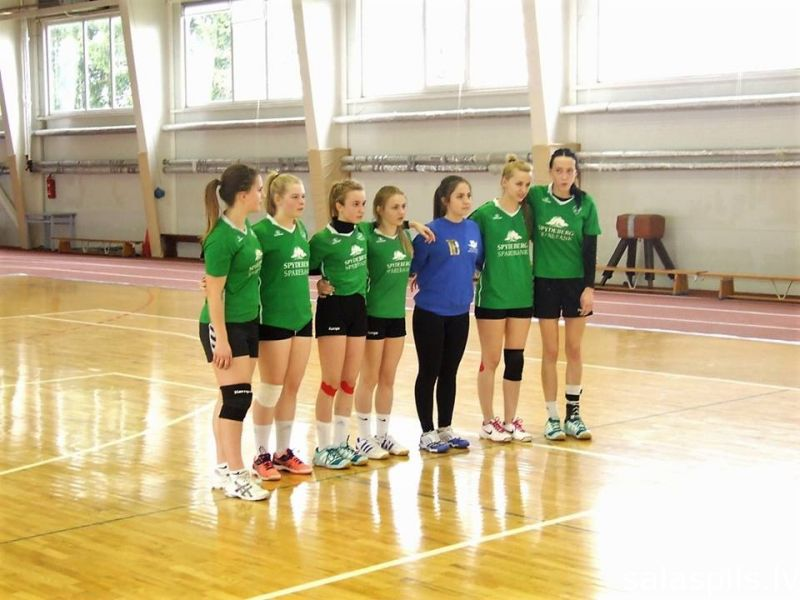 handball april 3 place